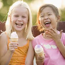 kids with ice cream cones